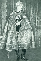 Charles IV, the last King of Hungary in coronation gear.jpg