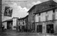 Chevrières, place de l'église en 1914, p 42 de L'Isère les 533 communes - Bonneton éditeur.tif