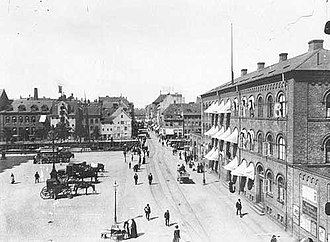 Christianshavns Torv - Christianshavns Torv in c. 1900 with the Women's Prison to the right