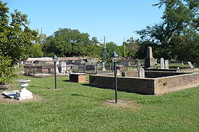 Church Street Graveyard 03.JPG