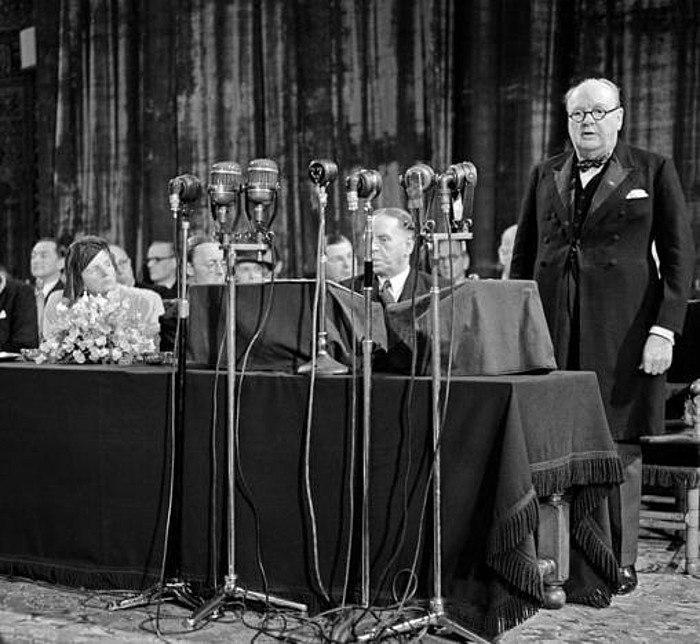Churchill Tha Hague 1948