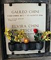 Cimitero dall'antella, cappella di san silvestro, tomba di galileo chini e la moglie.JPG
