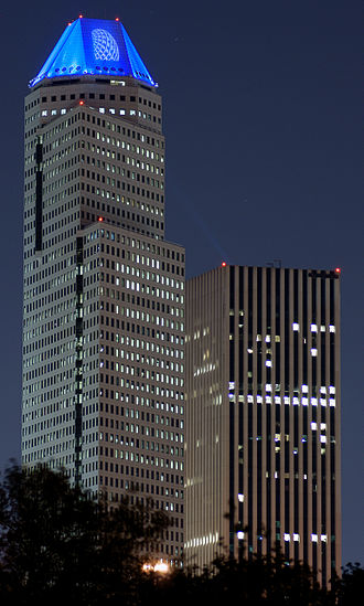 1600 Smith Street - Continental Center I at night (left), with the KBR Tower. Continental Center I had a blue lighting pattern that was added after the Houston City Council approved an amended ordinance permitting Continental Airlines to place its logo on the building.