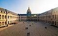Cour d'honneur des Invalides 001.jpg