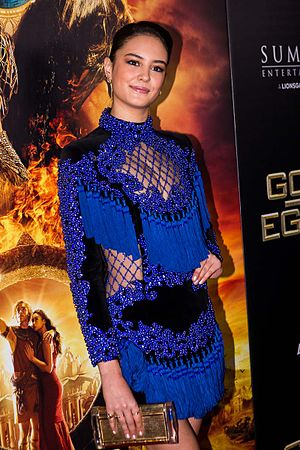 Courtney Eaton - Eaton on the red carpet for Gods of Egypt in 2016