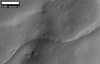 Inverted relief - Image: Crater ridge in Aeolis