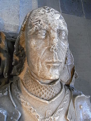 Sir David Mathew - Alabaster effigy of Sir David Mathew, north aisle, Llandaff Cathedral. He wears the Lancastrian livery collar of Esses