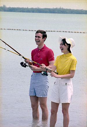 Julie Nixon Eisenhower - Julie and David Eisenhower fishing in Key Biscayne, Florida, 1971