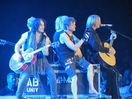 Def Leppard playing an acoustic set at the Allstate Arena in Rosemont, Illinois on 19 July 2012. Def Leppard Allstate Arena 7-19-12.JPG