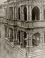 Deutscher Photograph um 1855 - Seitliche Ansicht der Rathauslaube (Zeno Fotografie).jpg