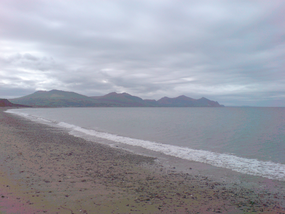 Dinas Dinlle 01 977.PNG