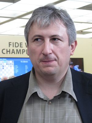Maxim Dlugy - Dlugy at the press room of the World Chess Championship 2012, Moscow