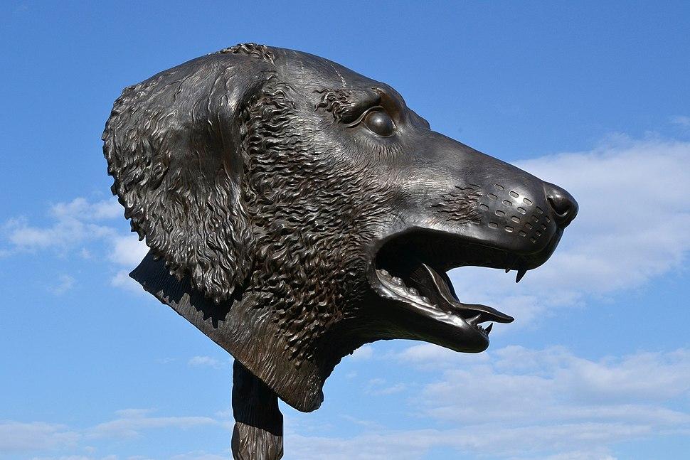 "Dog's head sculpture ""Circle of Animals-Zodiac Heads"", 2011"