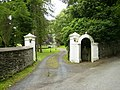 Driveway to the former Ravensdale Hotel - geograph.org.uk - 491387.jpg