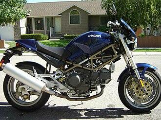 Ducati Monster - 1999 Ducati  Monster 900 City