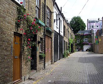 Mews - Dunworth Mews, a street of mews houses in Notting Hill, London