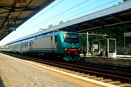 E.464 280 in Monfalcone train station.jpg