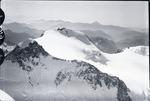 ETH-BIB-Zumsteinspitze, Signalkuppe v. N. W. aus 4900 m-Inlandflüge-LBS MH01-006202.tif