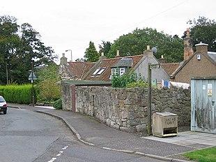 Cottages in Ecclesmachan