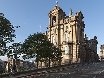 The Bank of Scotland has its headquarters in Edinburgh and is one of the oldest operating banks in the world. EdinburghMuseumOnTheMound-pjt.jpg
