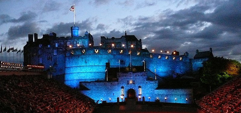 File:Edinburgh Castle 32.jpg
