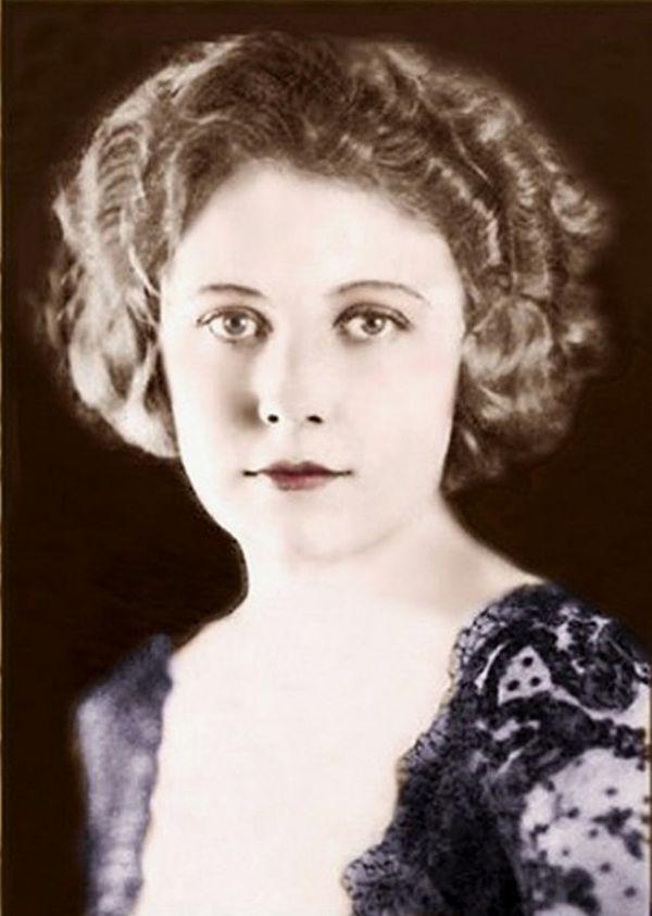 Photo Edna Purviance via Wikidata