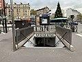 Entrée Station Métro Marcel Sembat Boulogne Billancourt 1.jpg
