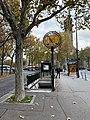 Entrée Station Métro Porte St Cloud Paris 7.jpg
