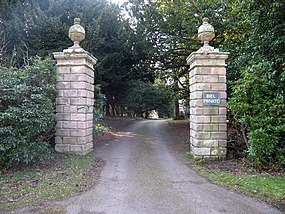 Entrance pillars to Biel, East Lothian - geograph.org.uk - 140927.jpg