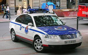 English: Volkswagen vehicle of Ertzaintza (Pol...