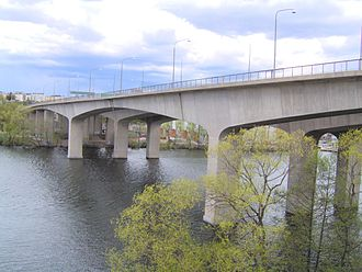 Stora Essingen - The bridges connecting Stora Essingen and Lilla Essingen