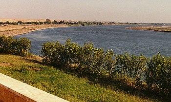 نهر الفرات في الرقة
