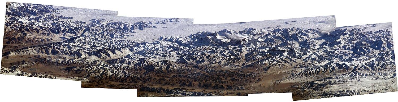 Гималаи с борта Международной космической станции. 2004 год