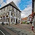 F Haut-Rhin Wintzenheim Eguisheim 16.jpg