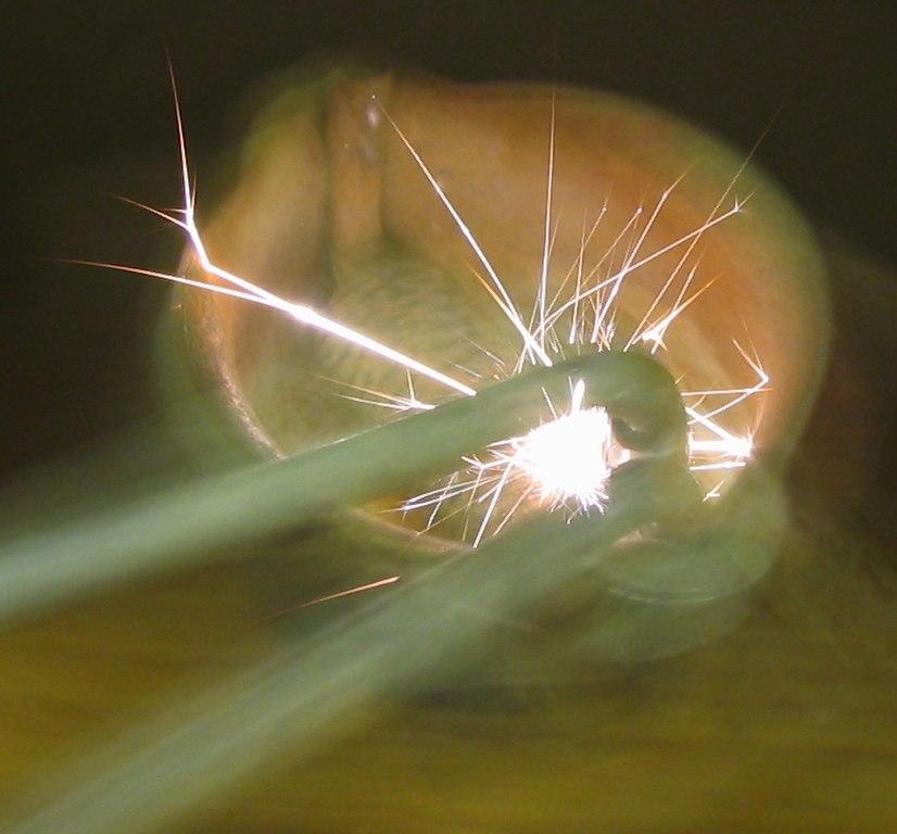 Flint spark lighter striking
