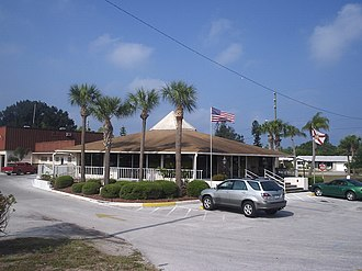 Florida State Road 686 - The Belleair Beach City Hall is located at 444 Causeway Blvd