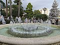 Fontaine du Casino - panoramio.jpg