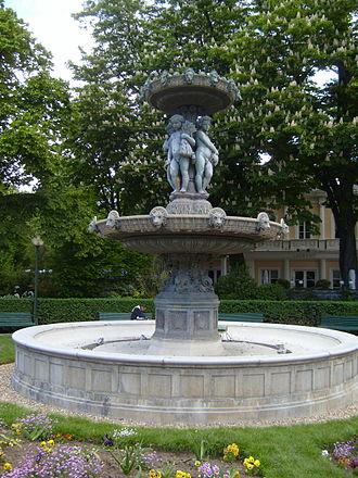 Jardin des Champs-Élysées - The Fontaine du Cirque (1840) in the Jardin des Champs-Élysées
