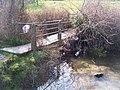 Footbridge near Milgate Park - geograph.org.uk - 1220451.jpg