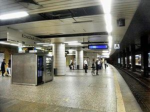 Frankfurt Konstablerwache station - Level D with platform 3 for the S-Bahn (right) and the U-Bahn platform (left)