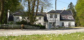 Frieboeshvile - Frieboeshvile viewed from across the street