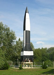 V-2 rocket worlds first long-range guided ballistic missile