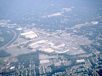 Westfield Garden State Plaza - Aerial view of Garden State Plaza in 2010