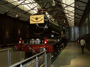 GWR 4073 Class - Image: GWR Caerphilly Castle 2 db