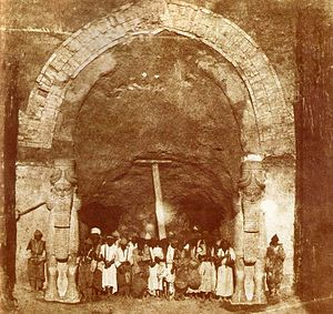 Felix Thomas - Victor Place with members of the archaeological team at Khorsabad, photo by G.Tranchard, 1853