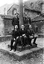 García Lorca en Betanzos con Ramón Fernández Cid, José Álvarez Sánchez-Heredero, Francisco Esteve Barbá e José Barbeito. Maio 1932.jpg