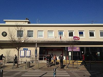 拉尼-托里尼站