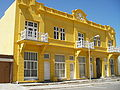 Gelbes Haus Lüderitz.jpg