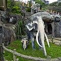 Golden Temple தம்புள்ளை பொற்கோவில், Dambulla, Sri Lanka - panoramio (2).jpg