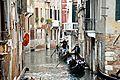 Gondole a Venezia (4358616548).jpg